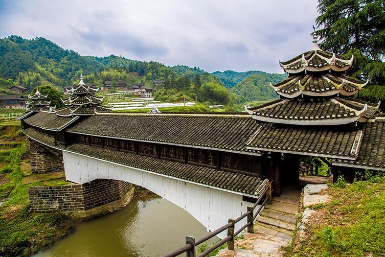 民間故事 | 見證愛情的侗族風雨橋